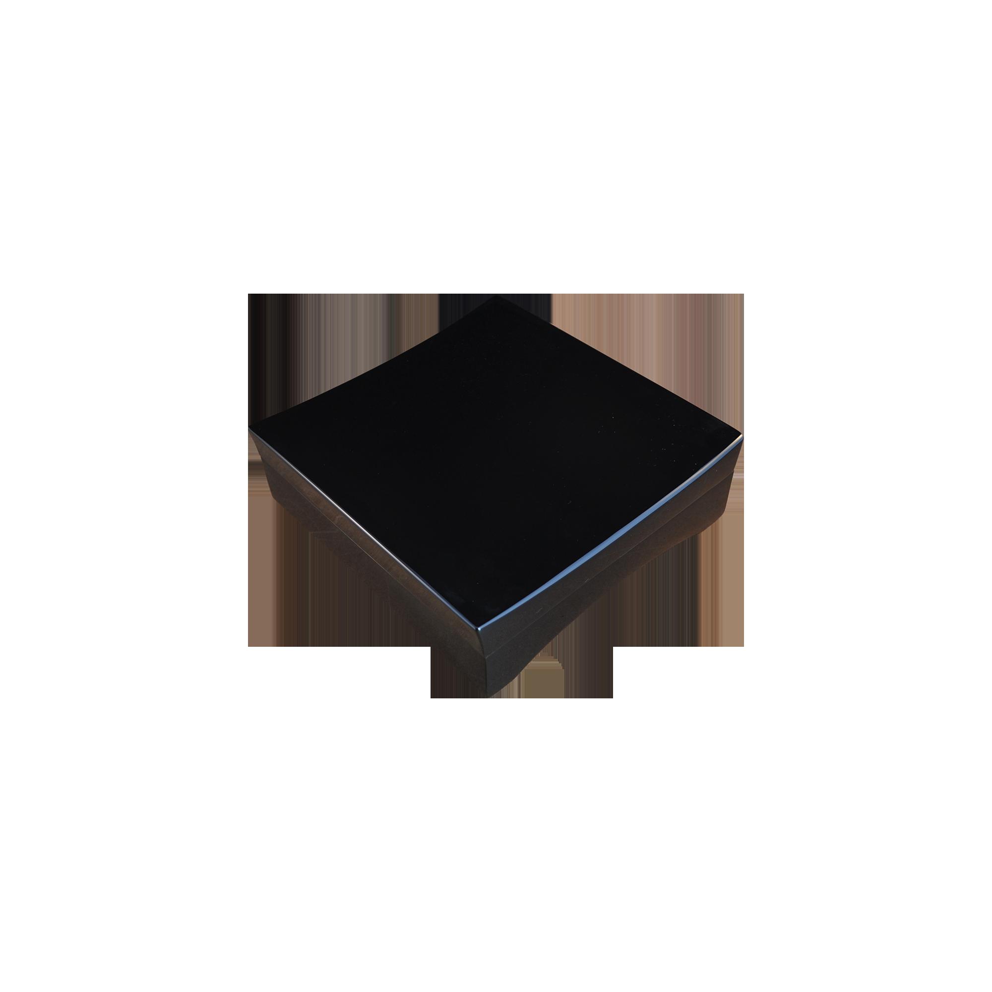 Humidor personalizzato per sigari laccato lucido nero