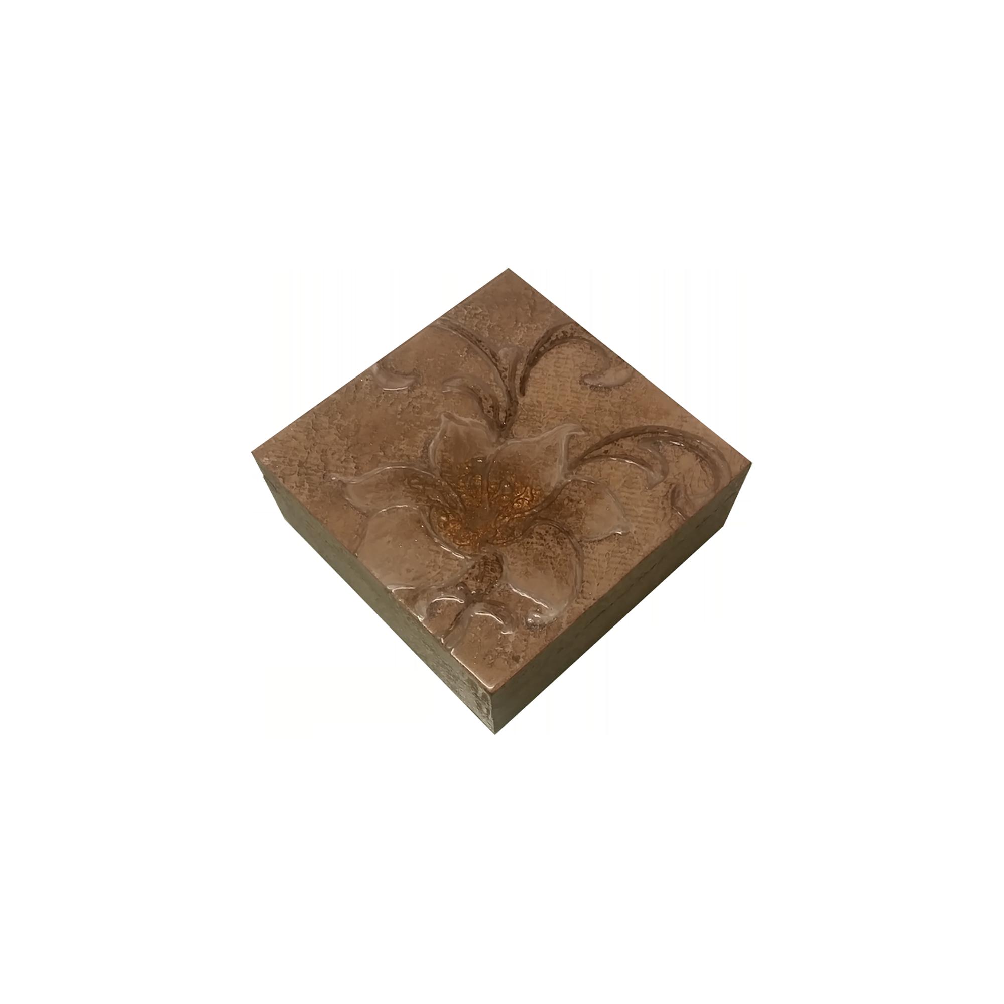 Scatola in legno personalizzata in resina artistica